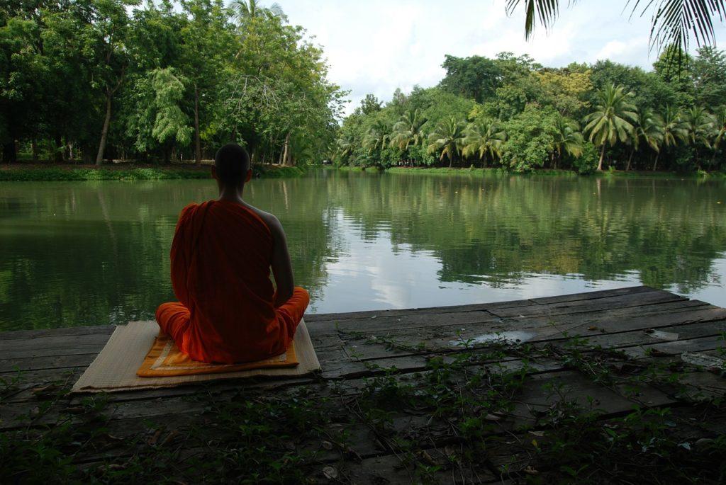 meditationsbank-zum-yoga